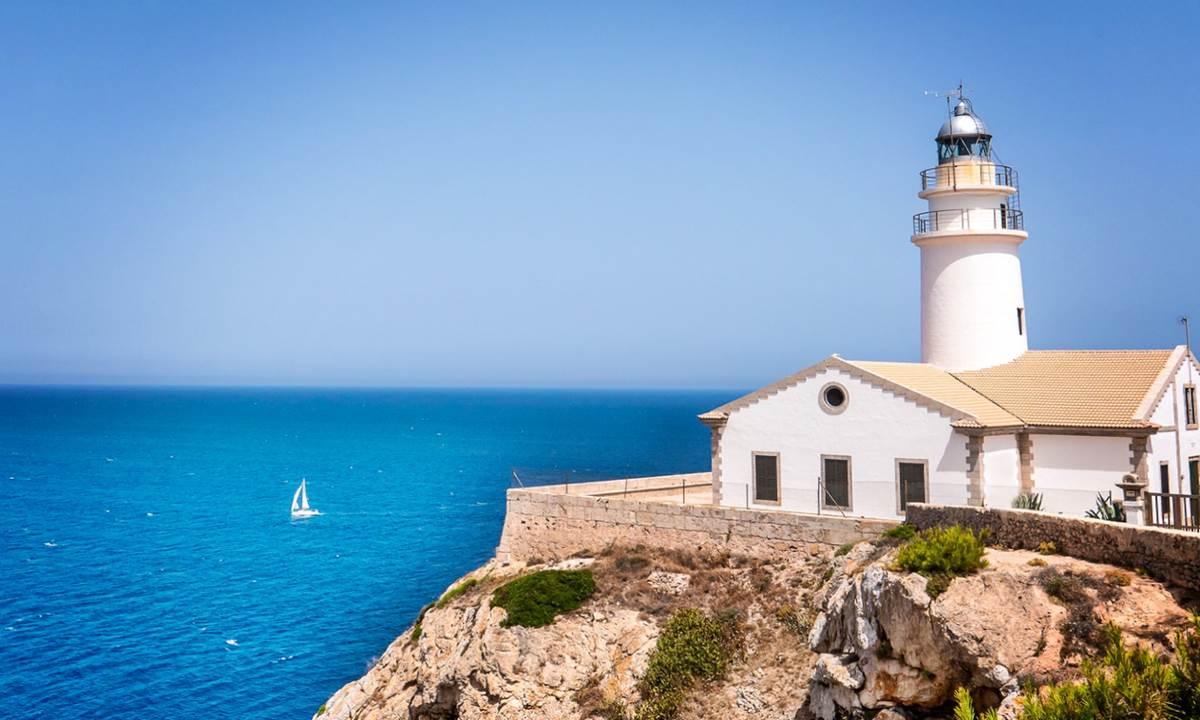 Где получить ВНЖ или гражданство в Европе при покупке недвижимости